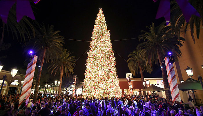 property for sale oc -Things to do in the OC, Christmas Tree lights at fashion island